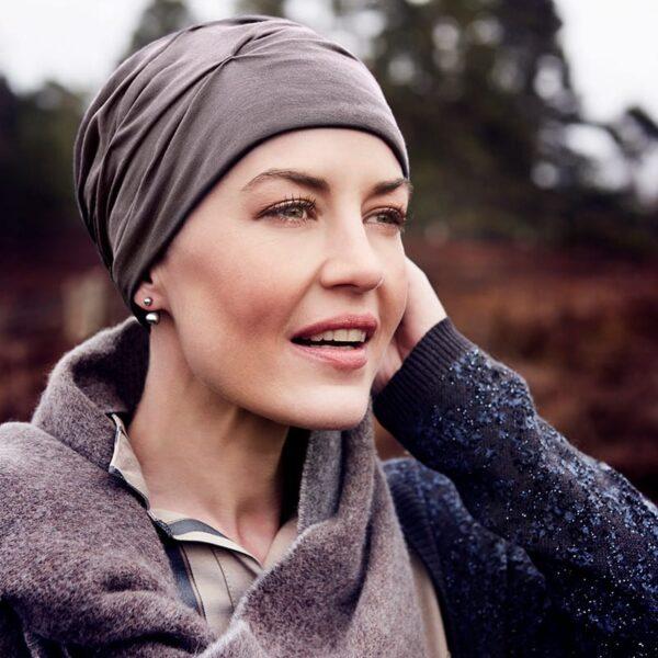 lacný-pekný-turban-šatka-pre-onkologických-pacientov-hnedý-becca2-img-taktrochainak.sk