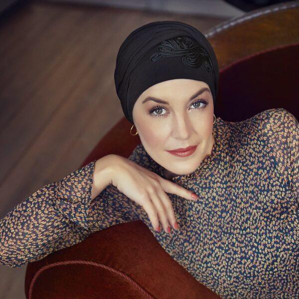 satka-turban-na-hlavu-po-chemoterapii-img3-klocher.sk