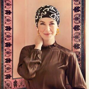 Turban na hlavu po chemoterapii Karma čierny so vzorom - taktrochainak.sk